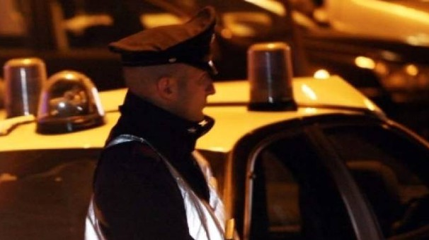 Anche le forze dell'ordine sono intervenute al Piano a causa dell'ennesima rissa scoppiata vicino a uno dei tanti minimarket etnici