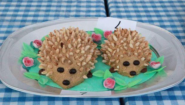 Il Porcospino, il dolce simbolo della tradizione gastronomica del Comune nella vallata del Savio (foto Ravaglia)