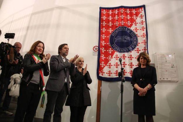 Lo scoprimento della targa (Gianluca Moggi / New Press Photo)