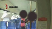 Le immagini delle telecamere di sicurezza sul treno: la tentata violenza è del 2015
