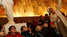 TUTTI PAZZI PER L'ARTE Bimbi in visita al Santa Maria della Scala