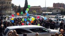 Il funerale di don Peppe Giuliani (foto LaBolognese)