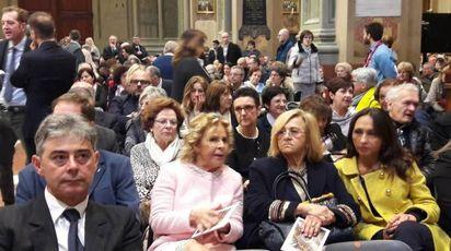 Autorità e fedeli in chiesa