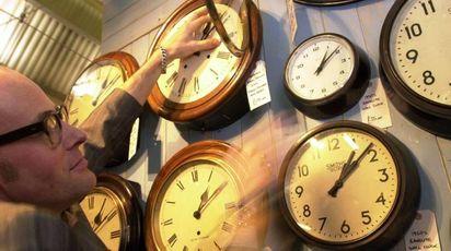 Cambio dell'ora (Ansa)