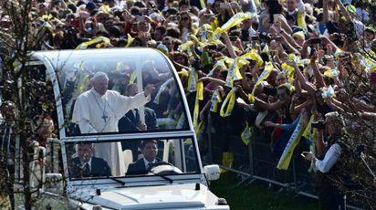 Il Papa a Monza (Afp)