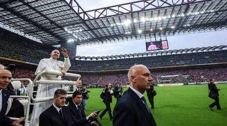 Il Papa a San Siro (Lapresse)