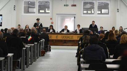 L'ultima udienza del processo celebrato a Reggio Emilia in cui è stato sentito Oliverio