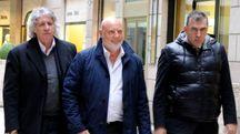 Marco Fantauzzi, Luca Macaluso e l'avvocato  Angelo Massone (foto Pierpaolo Calavita)