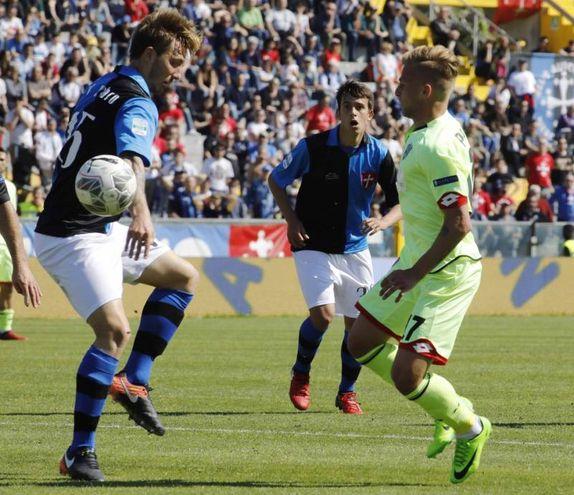 Un momento di Pisa-Cesena (foto Lapresse)