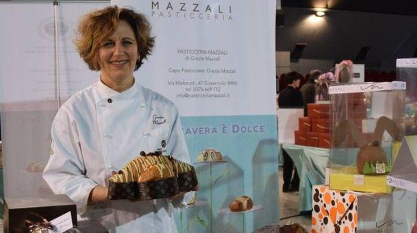 Grazia Mazzali titolare dell'attività che festeggia i 60 anni