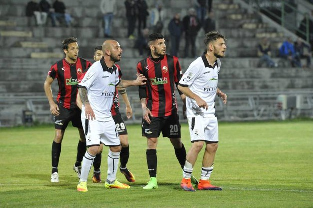 Lucchese-Robur Siena 3-2, le foto della partita (Alcide)