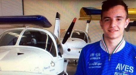 Nicola Beretta, 17 anni di Osnago, è il ragazzo morto nell'incidente a Dovera