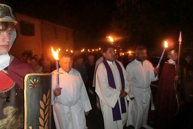 A Portico si è svolta la tradizionale Via Crucis in costume (foto Cappelli)