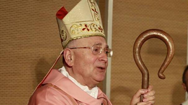 Vescovo Italo Castellani