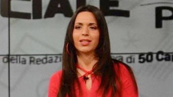 Carolina Pucci, presentatrice tv e addetta stampa del Tuttocuoio e il giocatore del Pontedera, Riccardo Calcagni