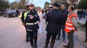 Le forze dell'ordine sul posto (foto Sgattoni)