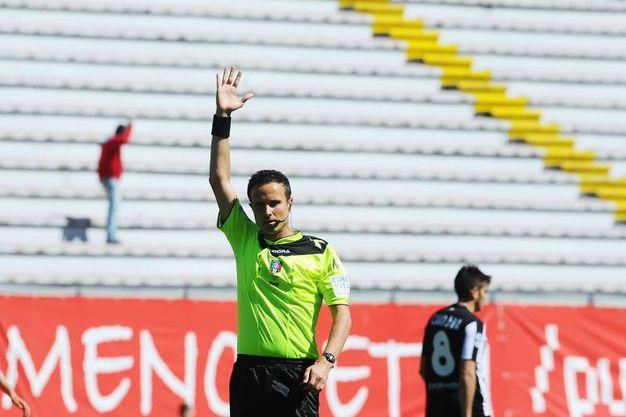 L'arbitro Martinelli (foto LaPresse)