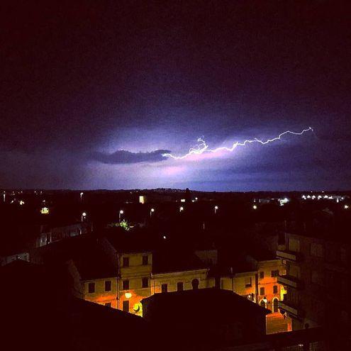 Il temporale su Castelferretti (Foto di Dario S.)