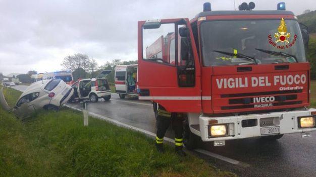 Incidente stradale sulla SP2 (Vallone di Offagna)