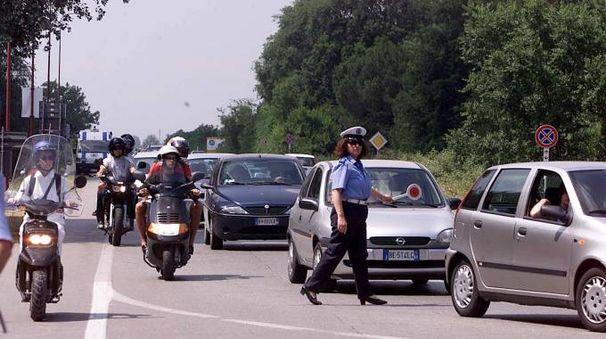 Traffico estivo a Marina di Ravenna (foto archivio Corelli)