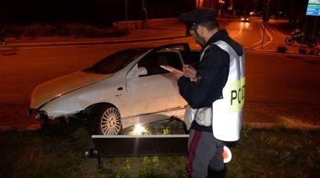 La Polstrada sul luogo dell'incidente venerdì sera (Frasca)