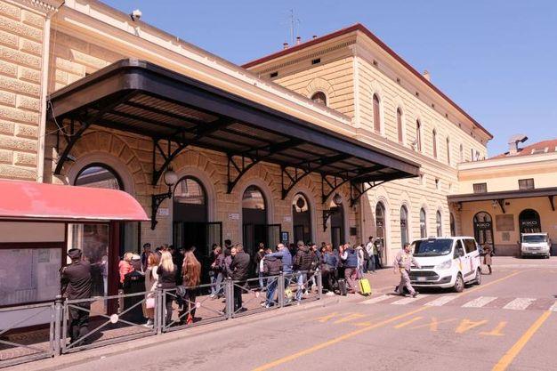 La stazione ferroviaria evacuata (FotoSchicchi)