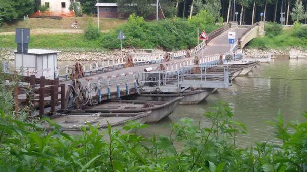 Il ponte in chiatte di Torre d'Oglio