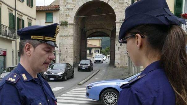La polizia è intervenuta dopo l'aggressione in piazza Mercatale