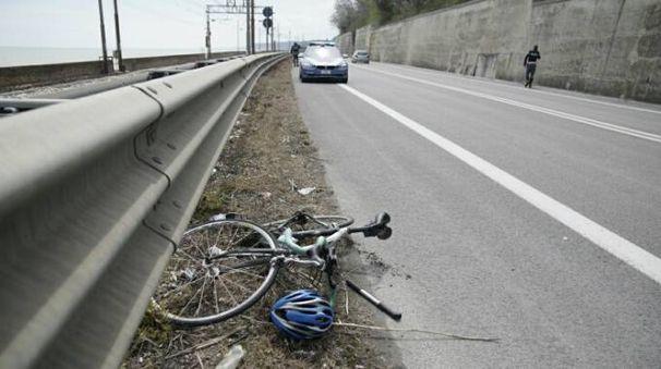 Incidente a Pedaso, ferito un ciclista (foto Zeppilli)