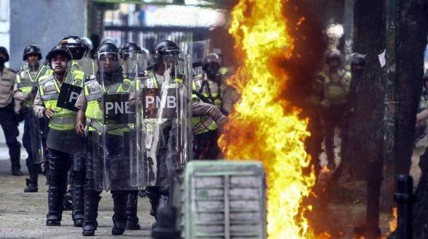 Venezuela, scontri (Ansa)
