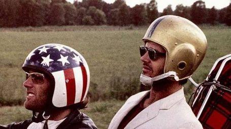 Jack Nicholson e Peter Fonda in Easy Rider (Ansa)