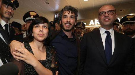 Gabriele Del Grande al suo arrivo in Italia (Ansa)