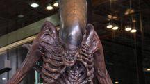 La statua di Alien (Ansa)