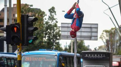 Spiderman esiste, si trova a Bogotà