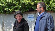 Cinzia Del Tredici, 51 anni, all'uscita dalla sua casa di Pescia