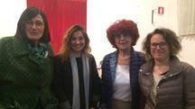 Le mamme con il ministro Valeria Fedeli e Lucia De Robertis