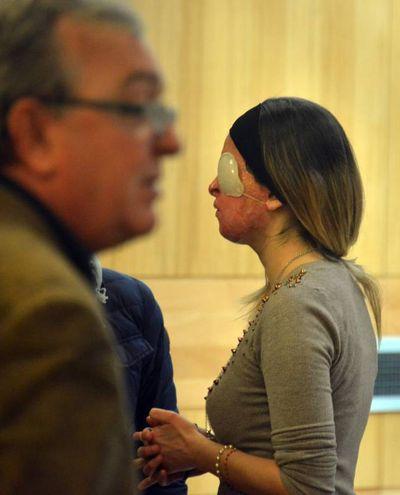 Rimini, Gessica Notaro in tribunale (foto Manuel Migliorini)