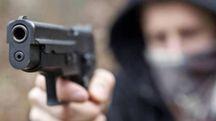 L'uomo è stato minacciato con una pistola