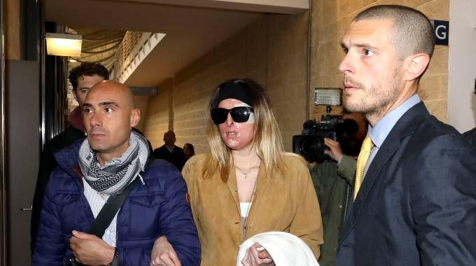 Rimini, l'arrivo di Gessica Notaro in tribunale (foto Petrangeli)