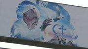 Il papa in Egitto: i manifesti dell'accoglienza (Afp)