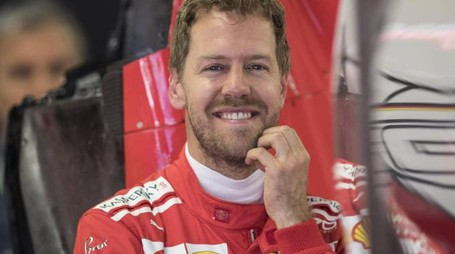 Sebastian Vettel primo dopo le seconde libere di Sochi (Ansa)