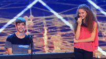 Francesco ed Elena Faggi sul palco durante la looo prima esibizione