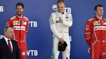 Putin ha premiato i piloti: Bottas primo, Vettel secondo e terzo Raikkonen (Afp)