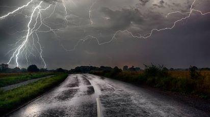 Previsioni meteo, 1 maggio 2017 tra pioggia e temporali al Centro Nord (iStock)