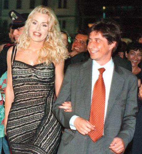 Con la showgirl Valeria Marini (Foto Bove)