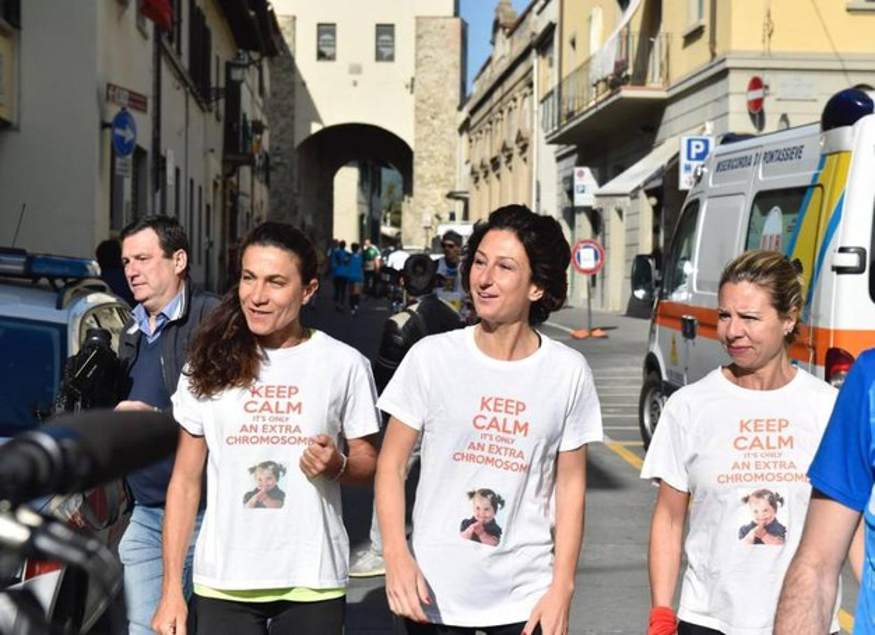 "Agnese Renzi partecipa alla mezza maratona di Pontassieve per l'associazione ""Trisomia 21"" (Ansa)"
