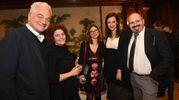 Duccio Caccioni e Sara Roversi con alcuni amici (Schicchi)