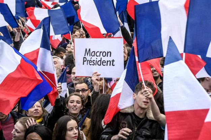 Risultati immagini per festa elezione macron