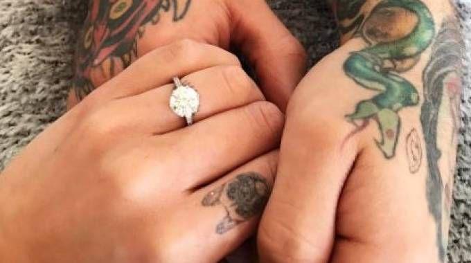L'anello di fidanzamento di Fedez per Chiara Ferragni (Foto Instagram)