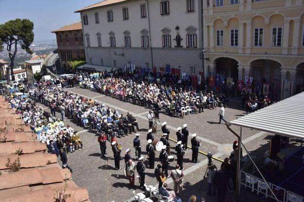 Alcuni momenti della cerimonia (Foto Novi)